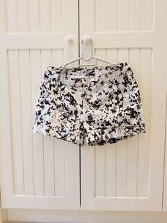 Artsy Camo B&W shorts (preloved) #GayaRaya