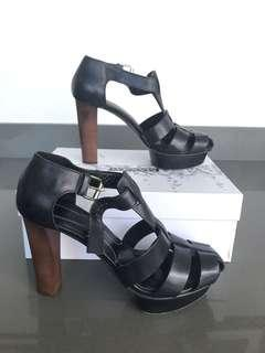 Max@Co leather shoes, sz 38