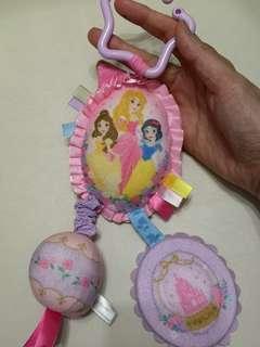 日本Disney princess 迪士尼公主bb車玩具掛飾吊飾