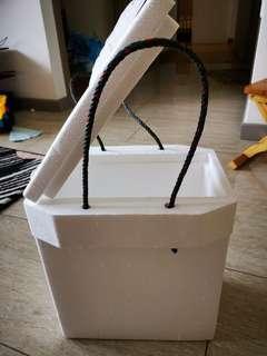 Styrofoam box for 3x800ml bottles
