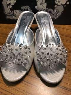 Silver Flat peep toe