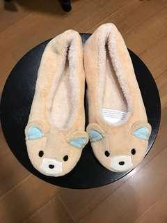 毛茸茸拖鞋 (23、24可穿)