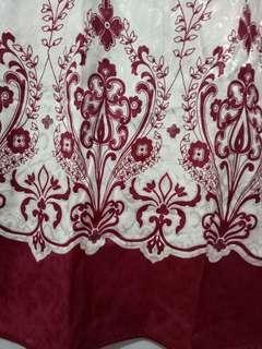 Cheongsam Putih Merah