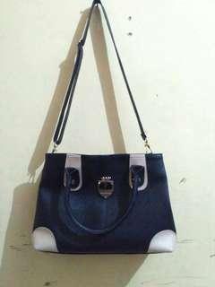 Tas furla luxury / sling bag / tas cantik / 85% condition msh ok