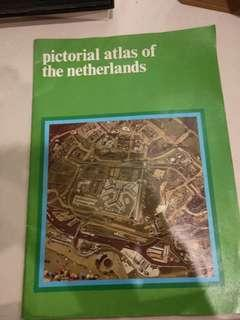 🚚 Vintage Amsterdam Atlas and Photobook
