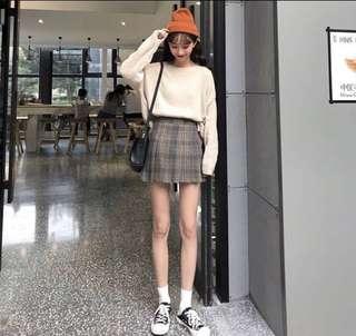 uzzlang checkered skirt