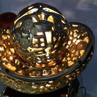 Giant Gold coin shape lighting