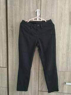 UNIQLO Black Jeans/Pants #SparkJoyChallenge