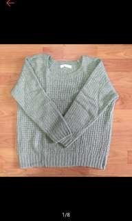 🚚 Chocol raffine robe 綠色混金蔥毛衣 針織上衣