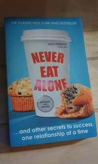 [Book] Never Eat Alone -6 Months Old
