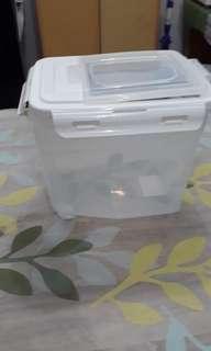Rice container - kotak beras