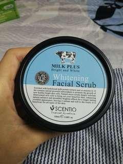 Whitening Facial Scrub