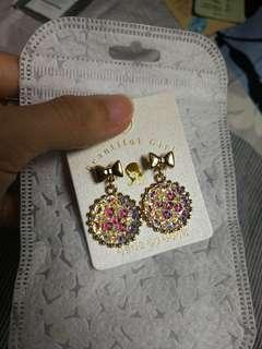 Ribbon Shininf Earrings