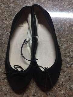 Sale!! Gap Brand New Ballet Flat Shoes size 6 eu 5usa