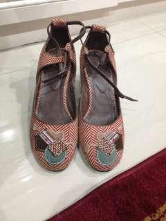 WEDGES TRACE (Bisa nego)