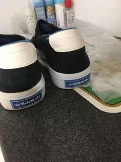 Adidas 爛佬鞋