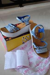 Gosh blue dot shoes #maudecay