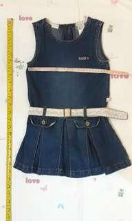 Girl 5yo outfit - Izod denim pleated jumper
