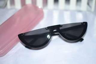 Melon Half Frame Cat Eye Retro sunglasses shades black