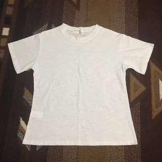 plain white top