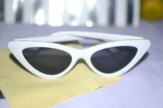 Lolita Retro Summer Cat Eye Tint Sunglasses Shades White and Black