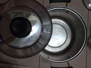555 18/10 stainless steel pot