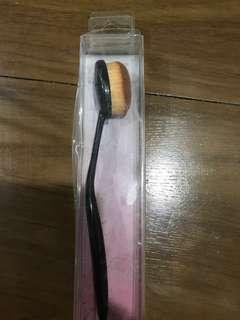 paddle make up brush