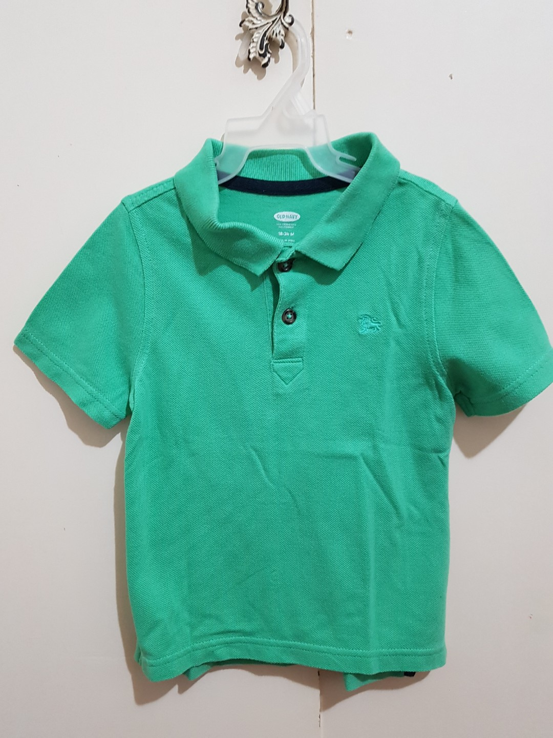 a2a4bfafeb80 Authentic Old Navy poloshirt for 18-24 months old toddler boy ...