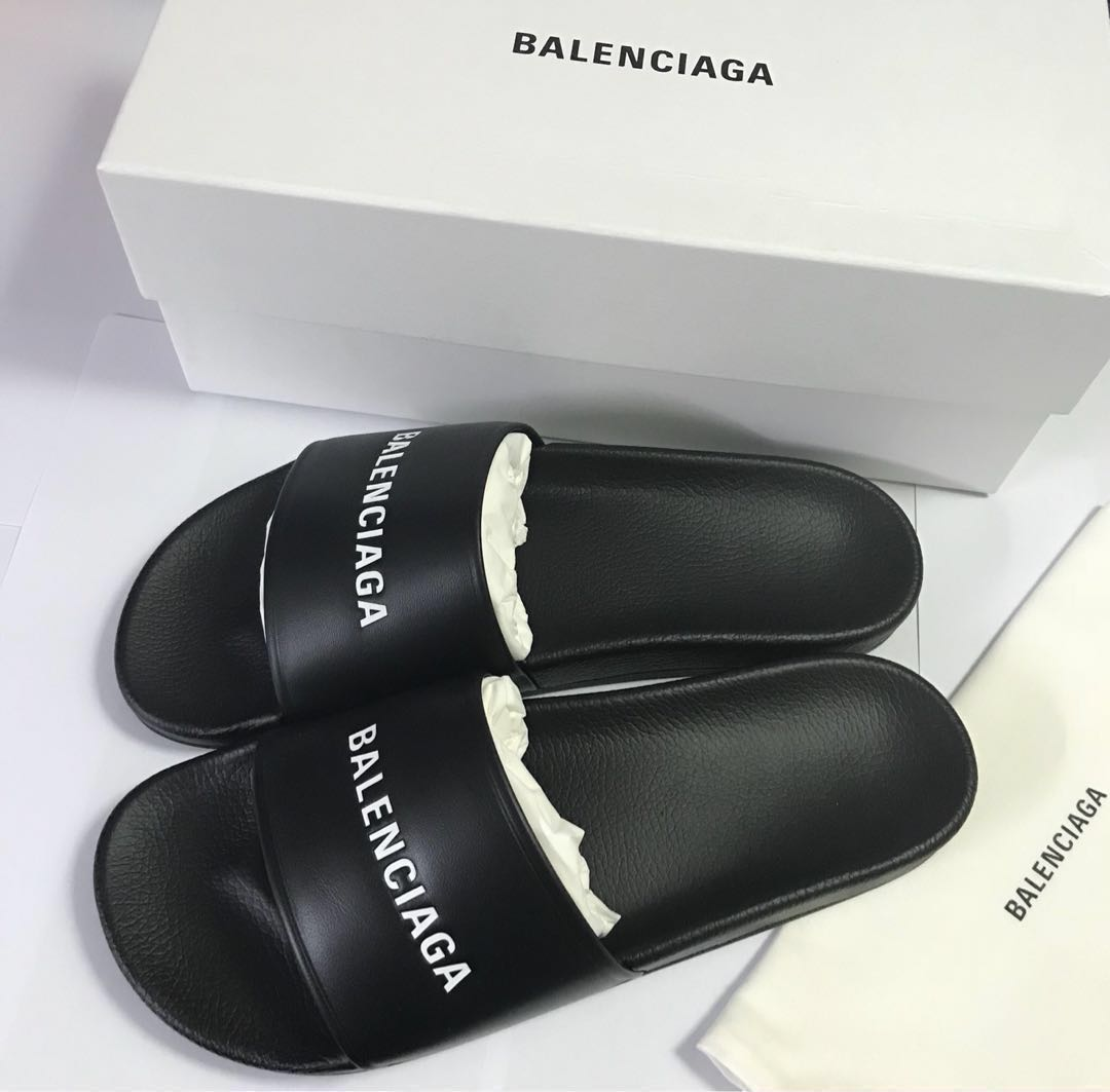 af7e521ee Balenciaga Leather Pool SlIdes Black Size 44, Men's Fashion ...