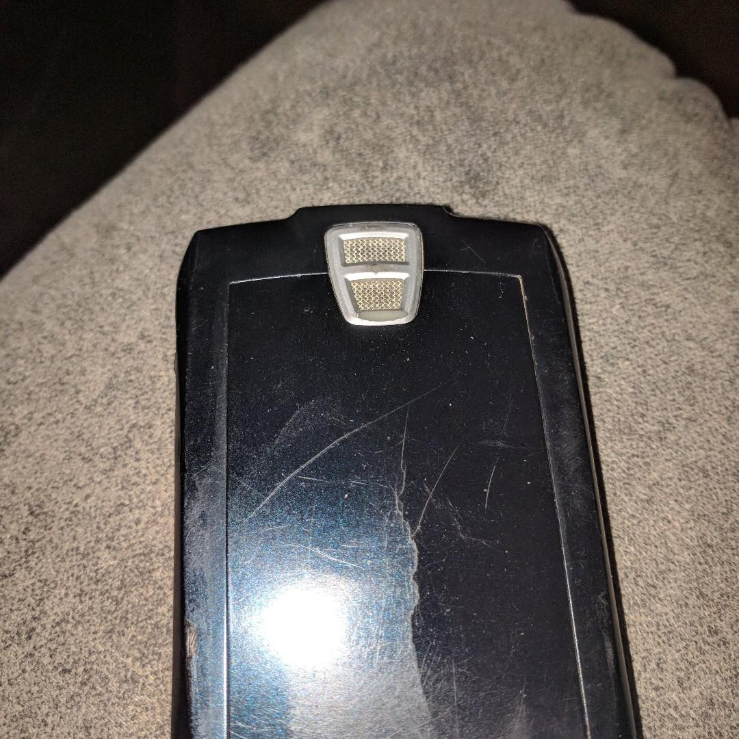 Blackberry earlier smartphone, as is , good for parts or use