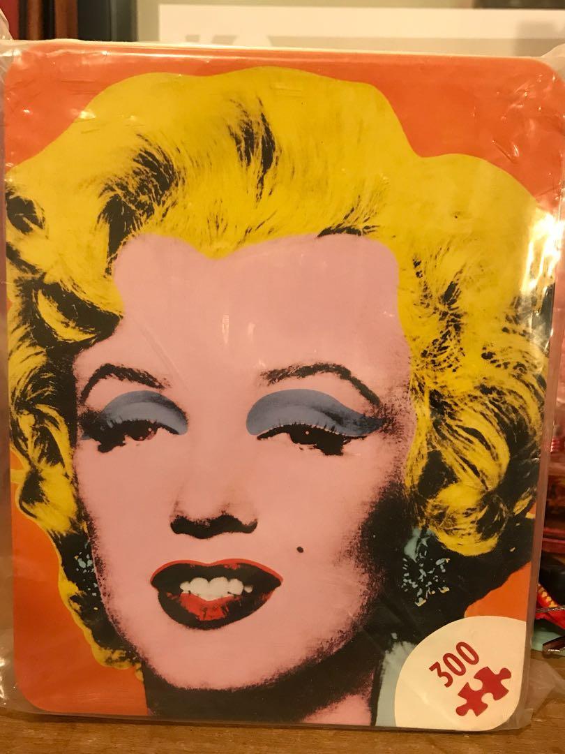 BNIB Andy Warhol Marilyn Monroe 300 pc Puzzle