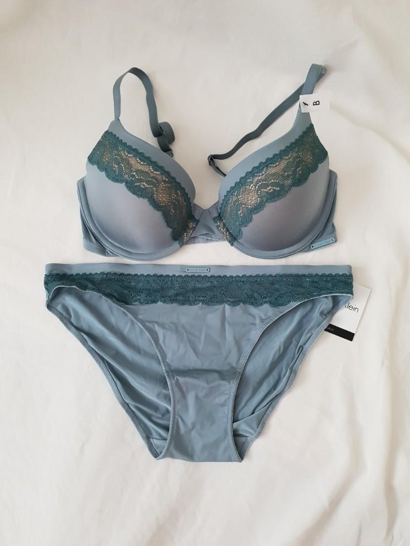 671eabd648 SOLD) BNWT Calvin Klein Bra-Panty Set