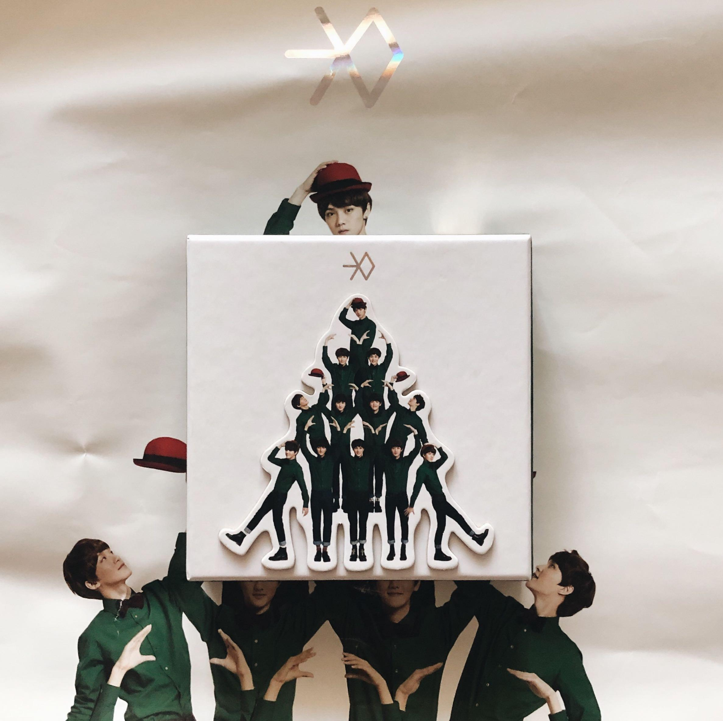 (FREE OFFICIAL POSTER)EXO Miracles In December Album