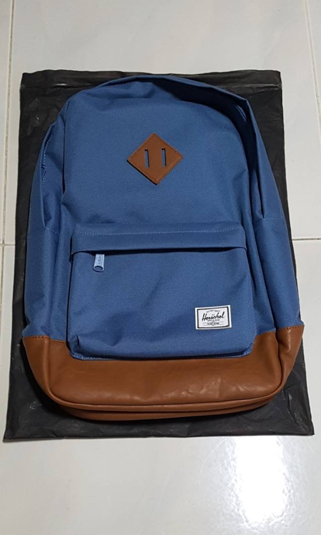 2d9da97fa573 Herschel supply company backpack - blue