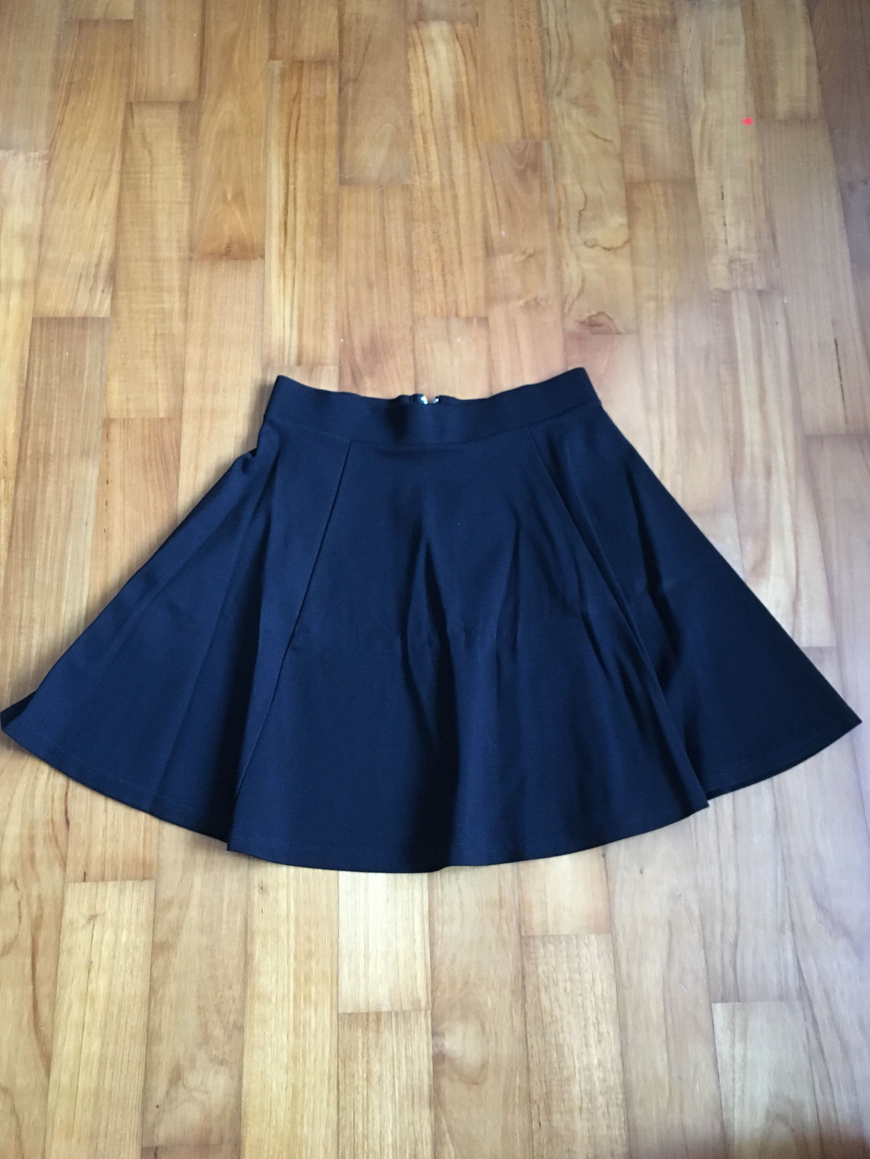 fc01a674a825b H&M skater skirts: 3 for $15 (cat-print, white, black), Women's Fashion,  Clothes, Dresses & Skirts on Carousell
