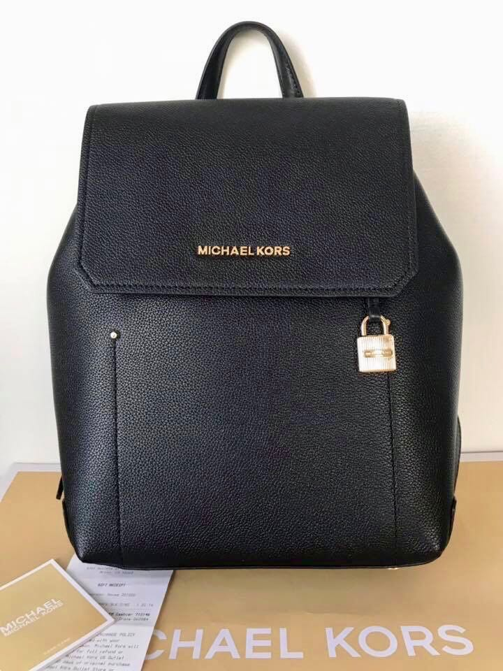 b136f0624b66 Micheal kors Hayes Original💯 sale, Luxury, Bags & Wallets on Carousell