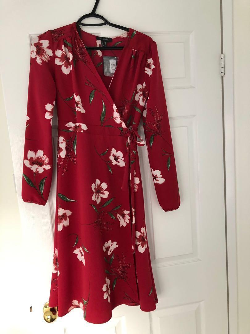 Never worn size 6 wrap dress (uk 10) tags still on