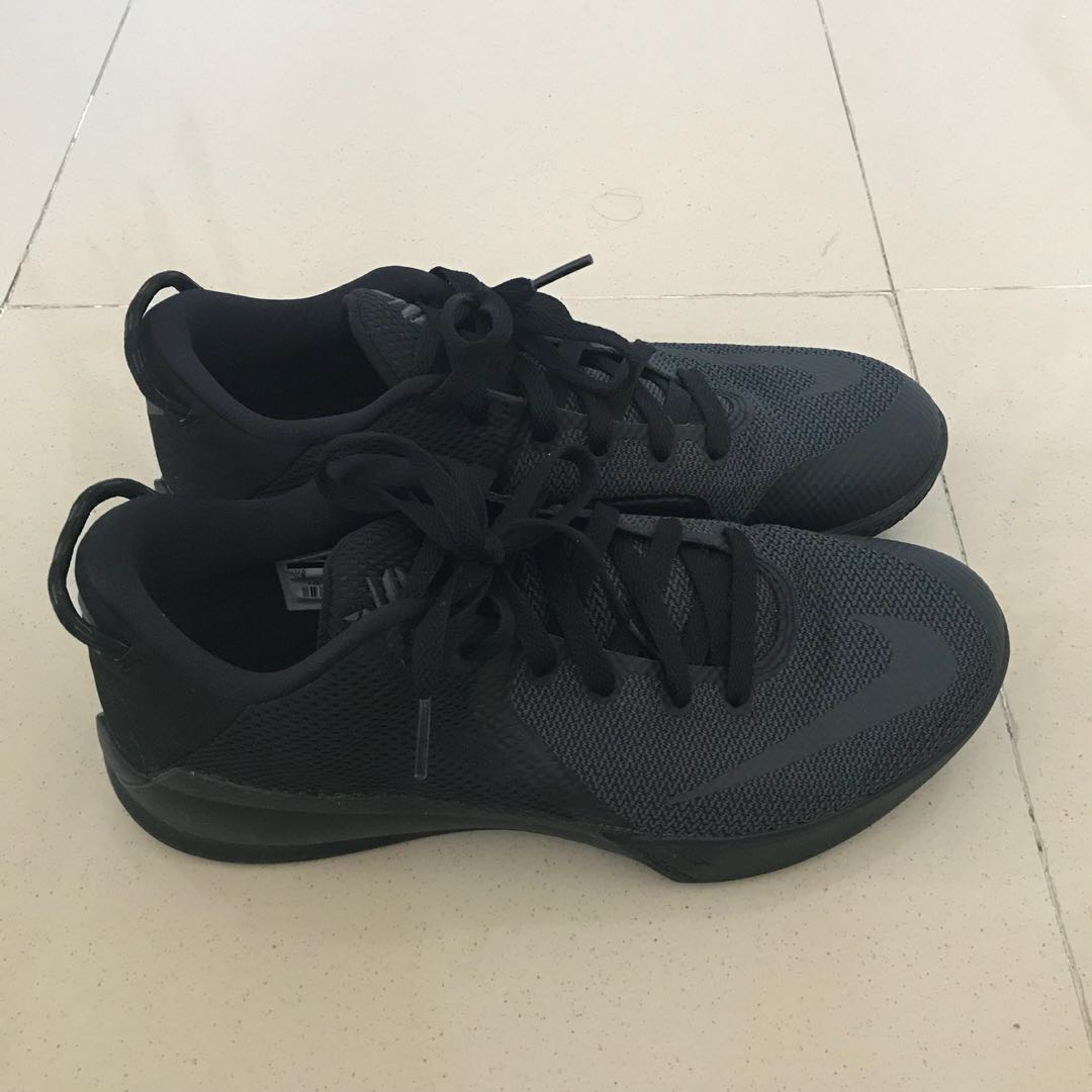 630f84cbb7c367 Nike Zoom Kobe Venomenon 6 Triple Black