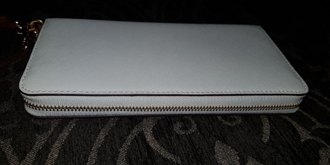 Oroton zip wallet
