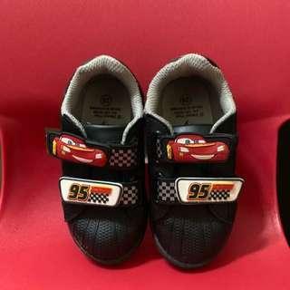Sepatu anak Disney