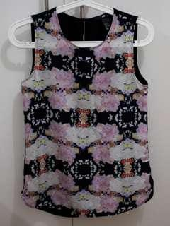 H&M floral short sleeves