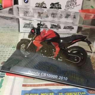Honda 1:24 模型車 電單車 CB1000R 2010
