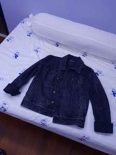 saint laurent black denim jacket very discounted