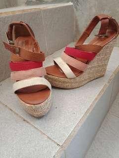 Sepatu Wedges Shoes #CNY2019