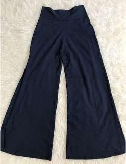 Navy cullote pants