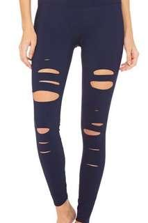 Alo Yoga high waisted Ripped Warrior Leggings (xs)