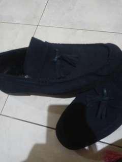 Sepatu merk mankid