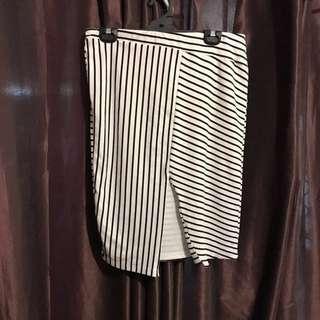Ladies Size 14 Skirt