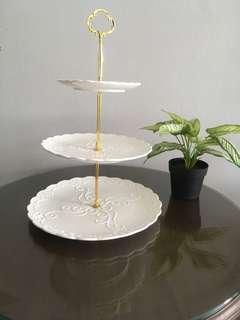 🚚 New set HYU 3 tier Hi-Tea set