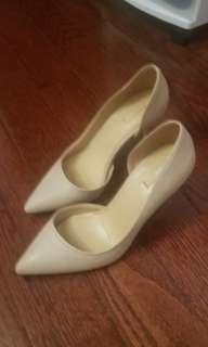Aldo nude heels size 6